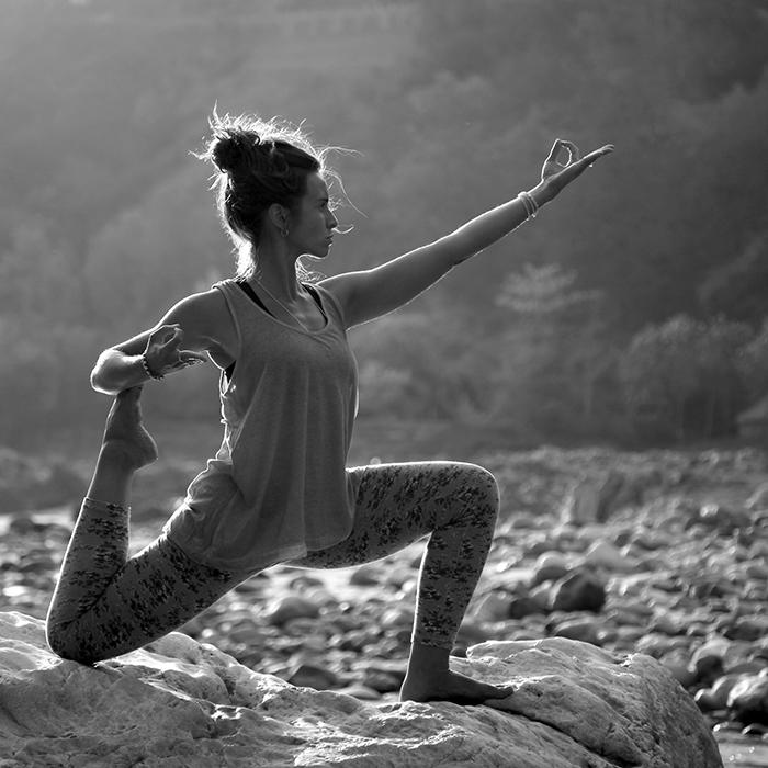 kapotasana posture pigeon asana yoga