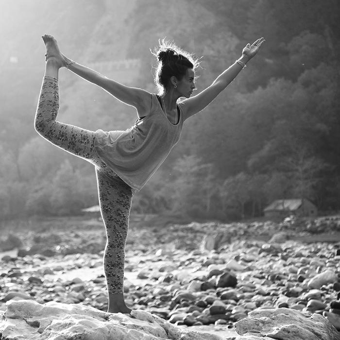 yoga nataraj asana posture shiva dansant