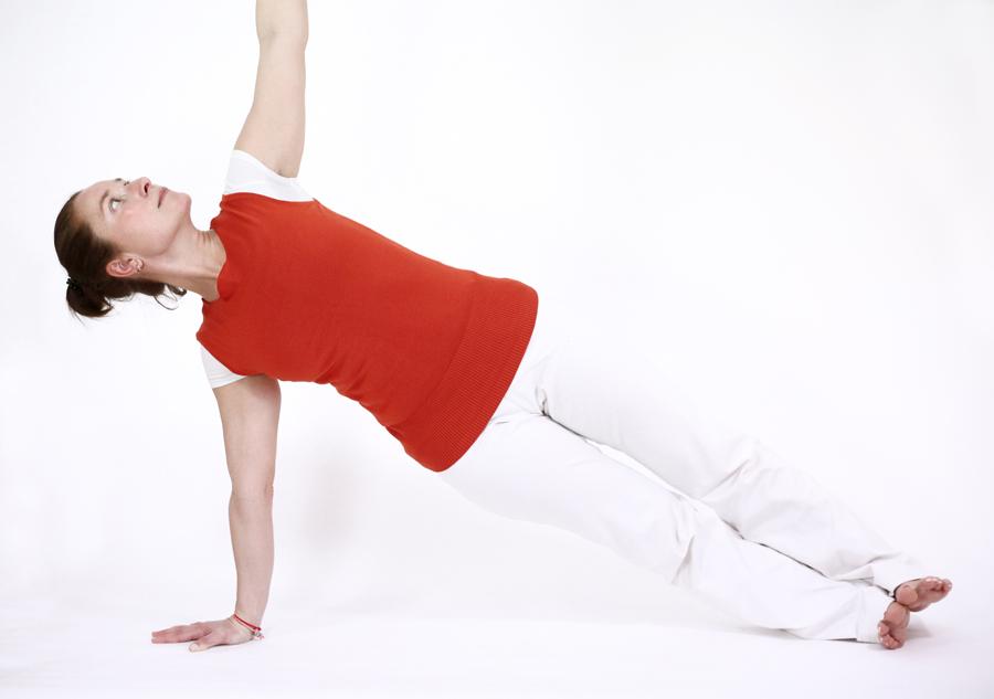 postures pitta ayurveda yoga feriel vasishtasana