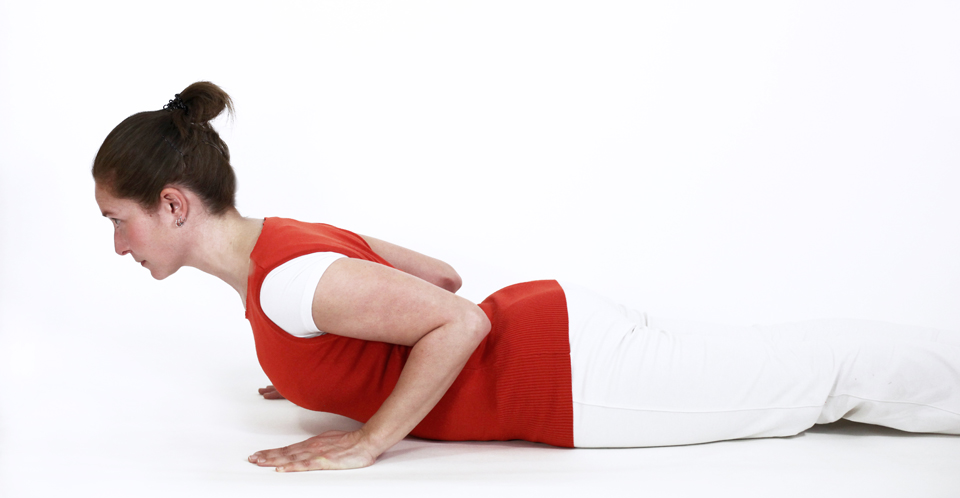 postures pitta ayurveda yoga feriel cobra ardha bujangasana