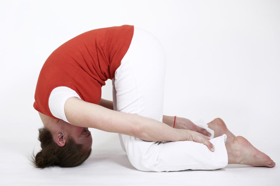postures pitta ayurveda yoga feriel shashankasana lievre