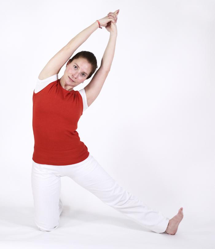 postures pitta ayurveda yoga feriel chandra parigha lune