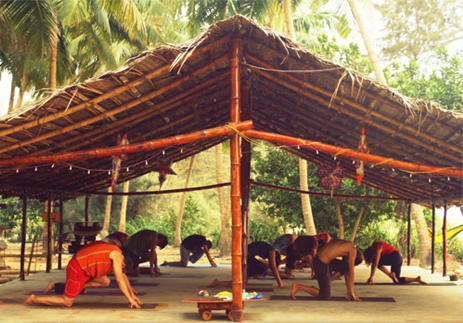 eco lodge yoga detox karnataka plage